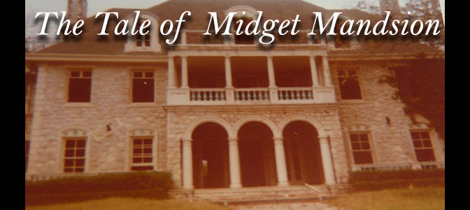 The Creepy History of the Haunted 'Midget Mansion' in Texas (VIDEO)